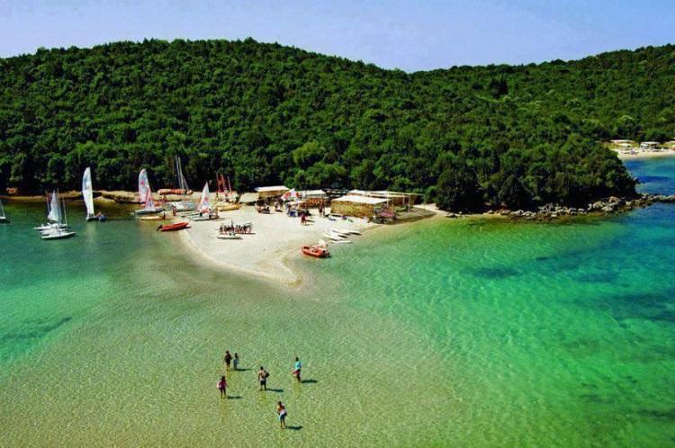 perierga.gr - Στη δεύτερη θέση παγκοσμίως οι ακτές της Ελλάδας!