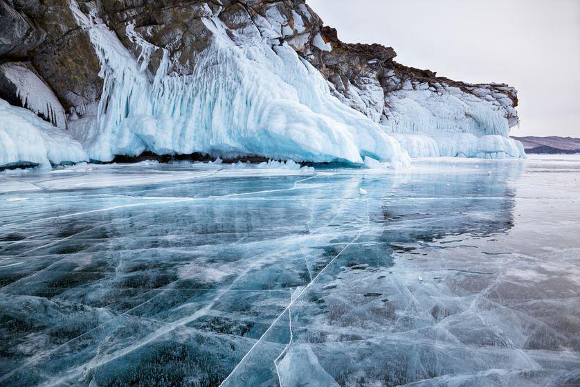 perierga.gr - Οι πάγοι που λιώνουν μπορεί να απελευθερώσουν αρχαίους ιούς κρυμμένους σε παγετώνες