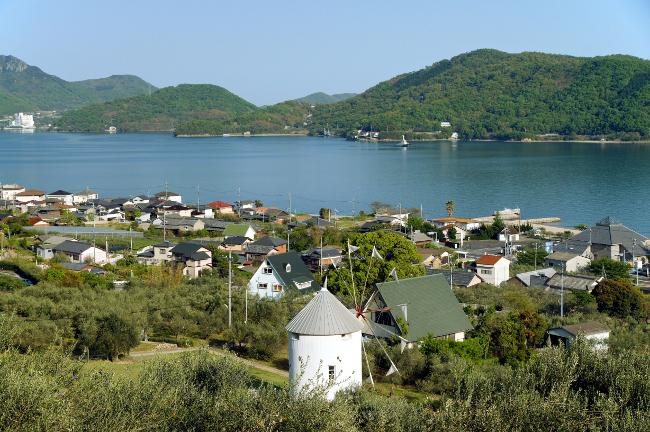 "perierga.gr - Το ""νησί της ελιάς"" στην Ιαπωνία!"