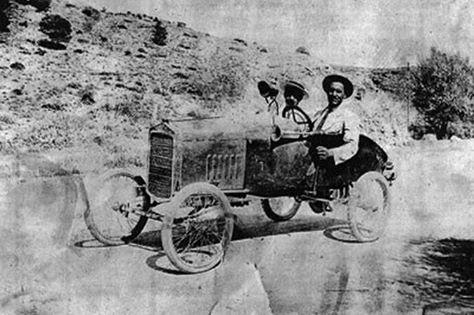 perierga.gr - Το πρώτο ελληνικό αυτοκίνητο του 1918!