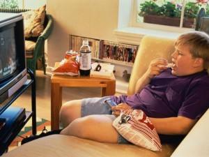 Η TV στο υπνοδωμάτιο παχαίνει τα παιδιά!