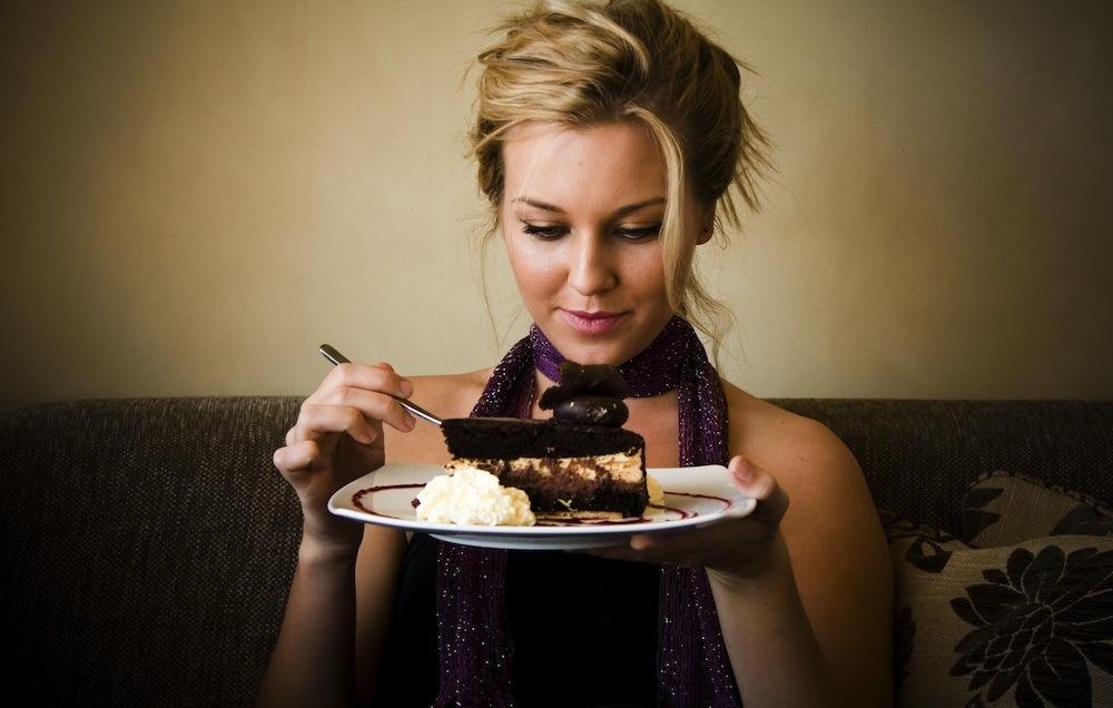 Φάτε πρώτα το γλυκό για ν' αδυνατίσετε!
