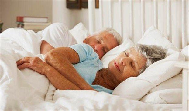 Γιατί όσο μεγαλώνουμε κοιμόμαστε λιγότερο;