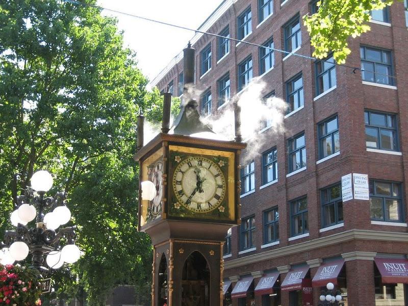 perierga.gr - Το ατμοκίνητο ρολόι του Βανκούβερ!
