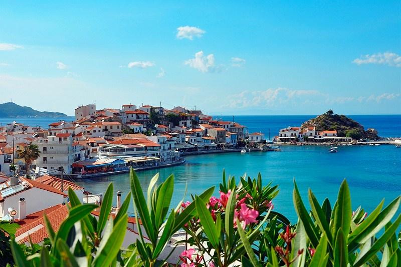 "perierga.gr - Eλληνικό χωριό είναι ο καλύτερα κρυμμένος ""θησαυρός"" της Ευρώπης για το 2017"