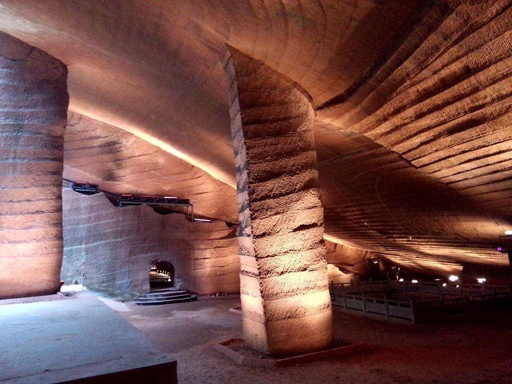 perierga.gr - Η παράξενη ιστορία των σπηλιών Longyou στην Κίνα!