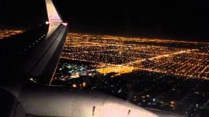 perierga.gr - Υπέροχη προσγείωση αεροπλάνου τη νύχτα!