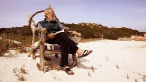 Η ιστορία ενός ανθρώπου που ζει ολομόναχος σε νησί της Μεσογείου 28 χρόνια!