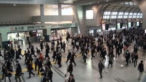 perierga.gr - Η ώρα του χάους στο μετρό του Τόκιο!