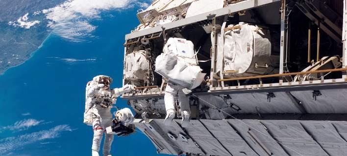perierga.gr - Πώς γίνεται κάποιος αστροναύτης στη ΝASA και τι μισθό παίρνει;