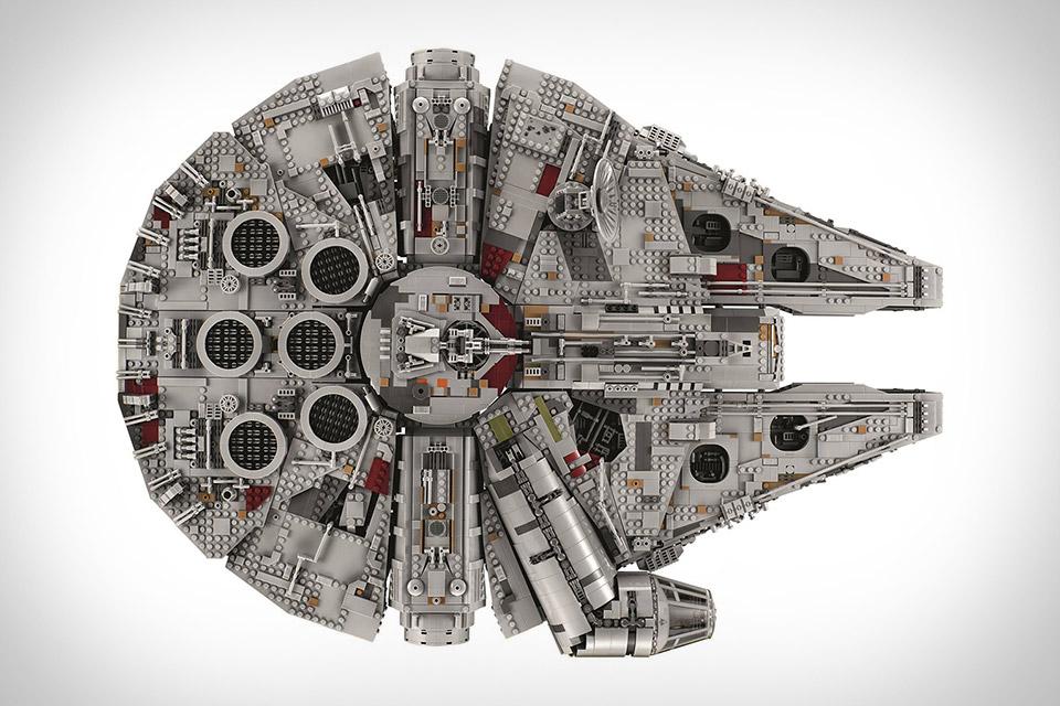 perierga.gr - Millennium Falcon: Το ακριβότερο & μεγαλύτερο σετ της LEGO!