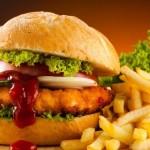 Μελέτη αθωώνει τα λιπαρά και τα συνδέει με τη μακροζωία