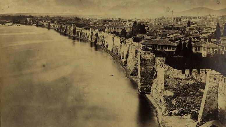 perierga.gr - Είναι αυτή μια μοναδική φωτογραφία της Θεσσαλονίκης;