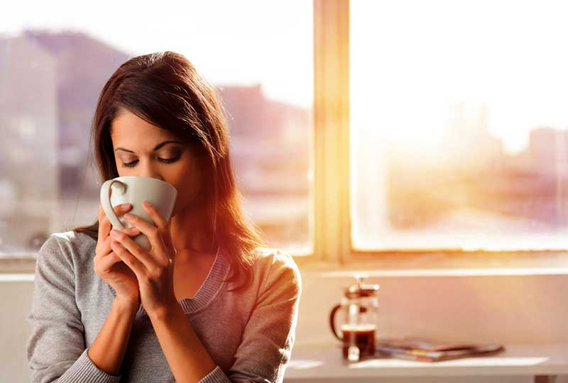 Όσοι πίνουν πολύ καφέ θα ζήσουν περισσότερο!