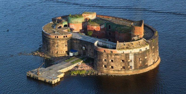 Οχυρά στη θάλασσα έγιναν τουριστικά αξιοθέατα!
