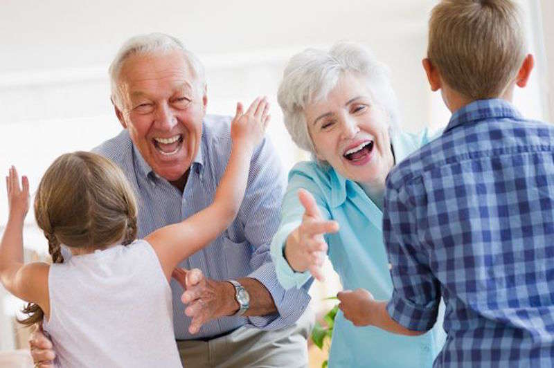 Perierga.gr - Ημέρα του παππού και της γιαγιάς