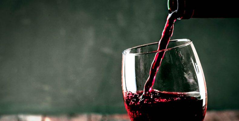 Πίνετε κρασί; 8+1 κανόνες καλής συμπεριφοράς