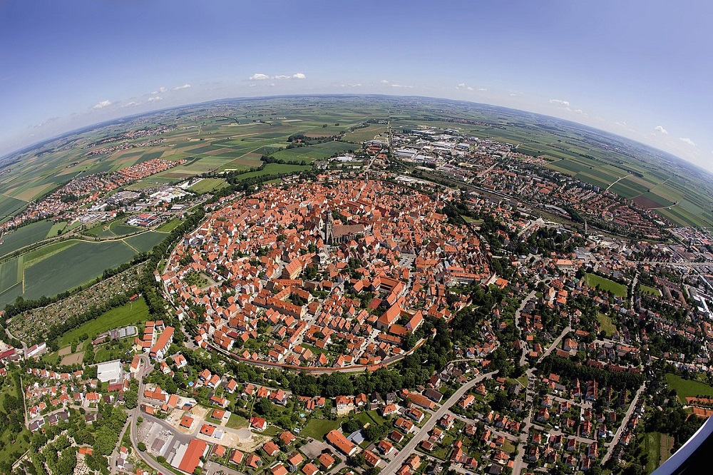 perierga.gr - Πόλη φτιαγμένη από διαμάντια