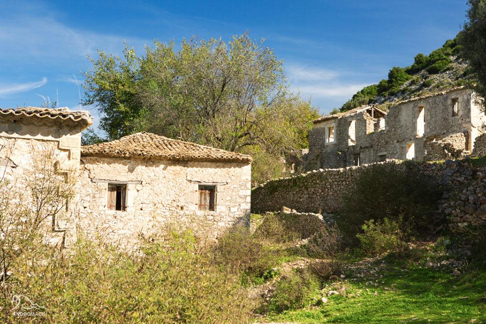 perierga.gr - Το ερειπωμένο χωριό-φάντασμα της Ελλάδας