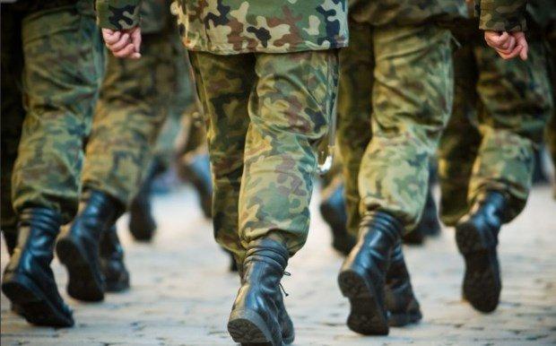 Γιατί οι στρατιώτες δεν κάνουν ποτέ βήμα σε γέφυρες;