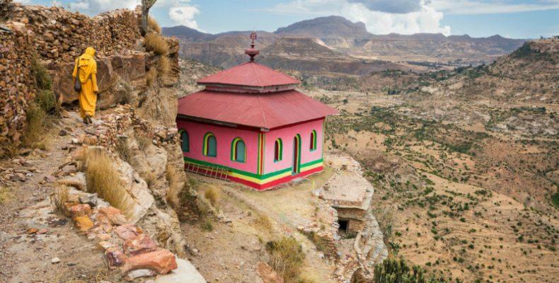Εκκλησίες στην Αιθιοπία χτισμένες σε απότομα βράχια