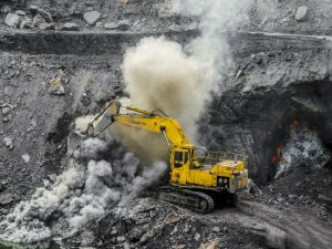 Φωτιά καίει εδώ και 100 χρόνια σε ανθρακωρυχείο της Ινδίας