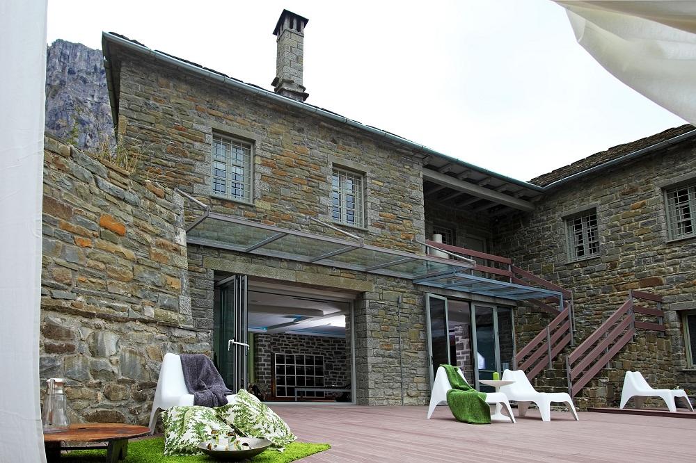 perierga.gr - Το ξενοδοχείο του Κεντέρη στο Πάπιγκο καλύτερο ορεινό θέρετρο στη Ν. Ευρώπη