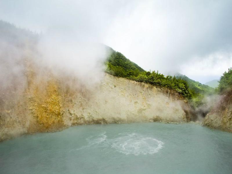 Perierga.gr - Οι πιο θανατηφόρες λίμνες του κόσμου