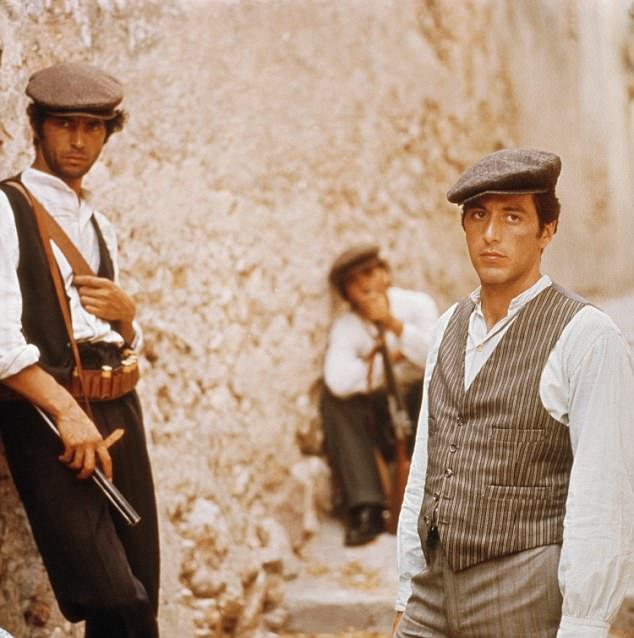 Perierga.gr - Πώς τα λεμόνια βοήθησαν στην άνοδο της ιταλικής μαφίας!