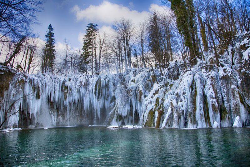 Perierga.gr - Προορισμοί που το χειμώνα μεταμορφώνονται σε... παραμύθι