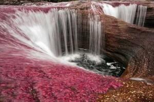 Το ποτάμι που ξεκινάει απ' τον παράδεισο!