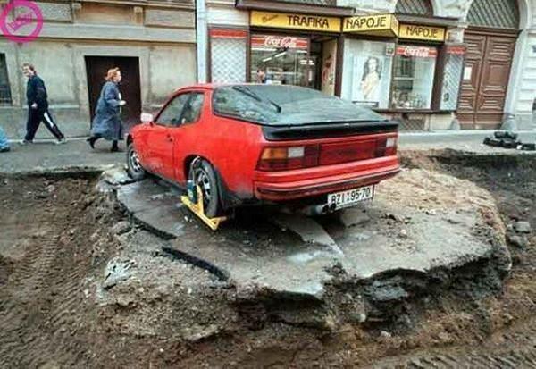 Perierga.gr - Οχήματα σε μοναδικές καταστάσεις