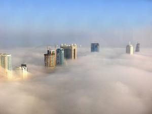 Perierga.gr - Ντουμπάι στην ομίχλη