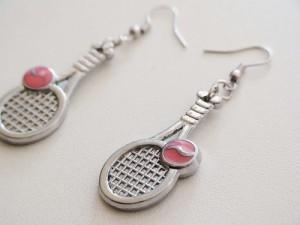 Περίεργα σκουλαρίκια