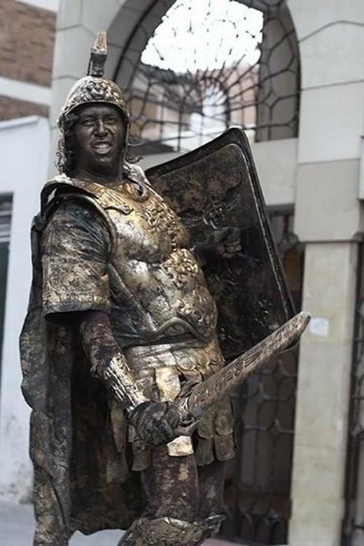 perierga.gr - Ζωντανά αγάλματα