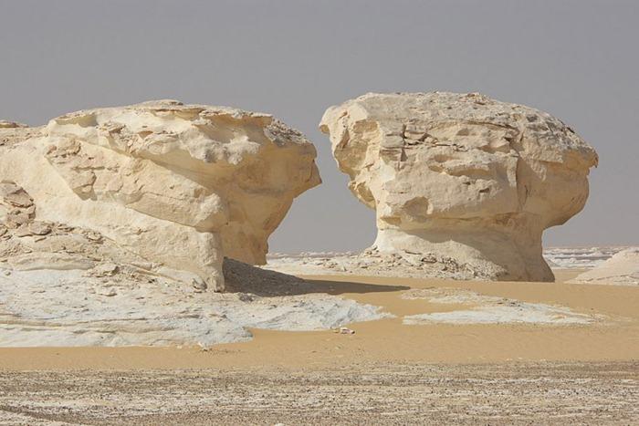 Perierga.gr - Η άσπρη έρημος