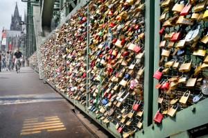 Οι κλειδαριές της αγάπης