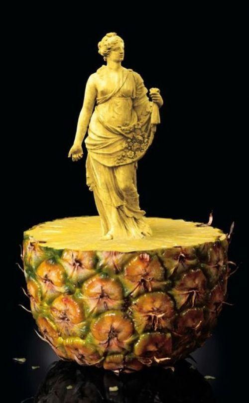 Perierga.gr - Αγάλματα σε φρούτα!