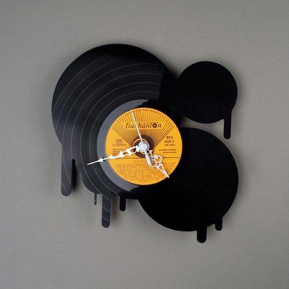 Perierga.gr - Ρολόγια από δίσκους!