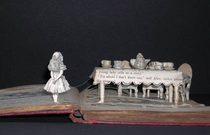 Perierga.gr - Η τέχνη των βιβλίων!