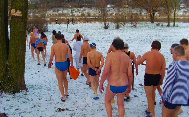 Perierga.gr - Ποδαρικό στο κρύο