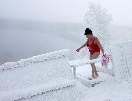 Perierga.gr - Χιόνισε; Πάμε παραλία