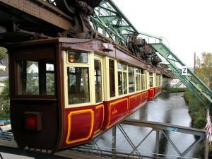 Το εναέριο τρένο του Βούπερταλ