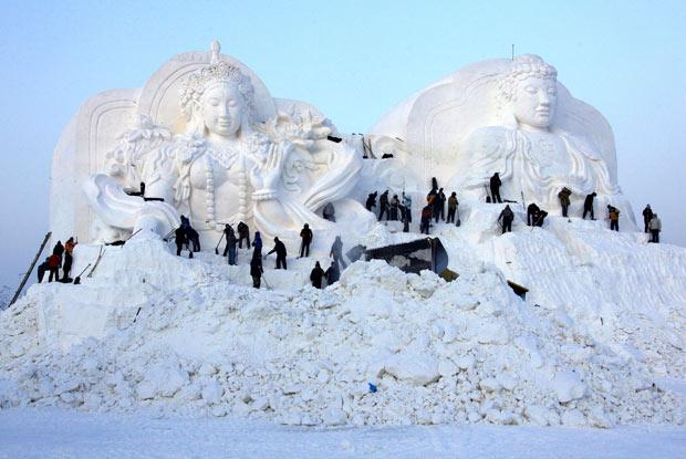 Perierga.gr - Φεστιβάλ χιονιού