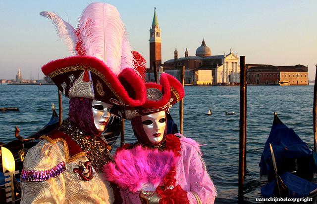 Perierga.gr - Καρναβάλι στη Βενετία!