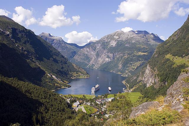 Perierga.gr - Geirangerfjord