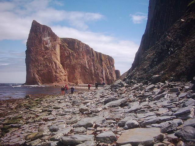 Perierga.gr - Perce Rock