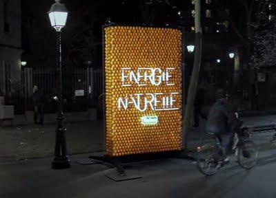 Perierga.gr - Χυμώδης διαφημιστική πινακίδα