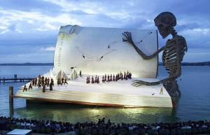 Όπερα σε πλωτή εξέδρα