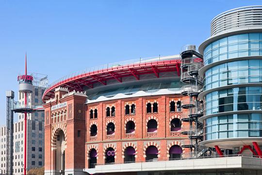 Perierga.gr - Βαρκελώνη, αρένα εμπορικό κέντρο